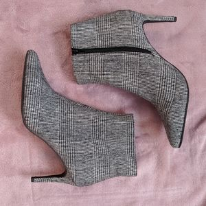 Buckle Low Heel Ankle Pointed Toe Plaid Booties